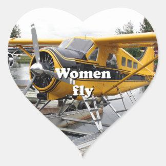 As mulheres voam: plano do flutuador, capa do adesivo coração