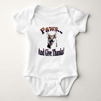 As patas e dão a obrigados Gimli Body Para Bebê