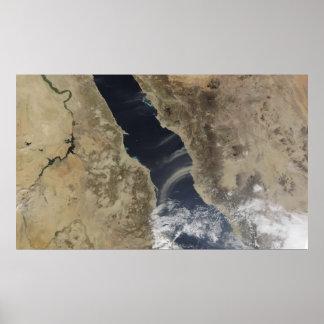 As penas da poeira purgam a costa de Arábia Saudit Posteres