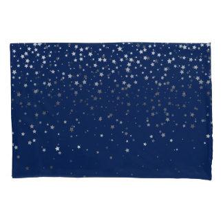 As pequenos estrelas Prata-Cinzentas descansam o