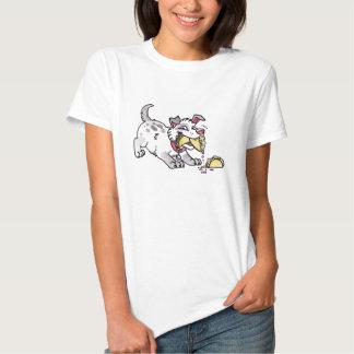 As senhoras do cão do Taco couberam o t-shirt