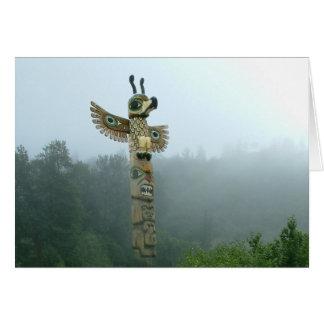 Ascensão do Totem no cartão da névoa