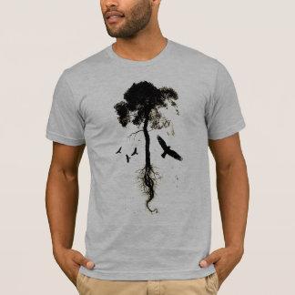 Assassinando o t-shirt dos corvos camiseta