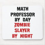Assassino do professor de matemática zombi mouse pads