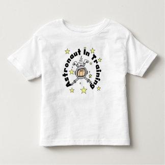 Astronauta no t-shirt do treinamento camiseta infantil