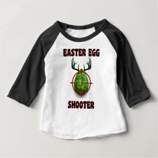 atirador do ovo da páscoa, desgin engraçado do camiseta para bebê