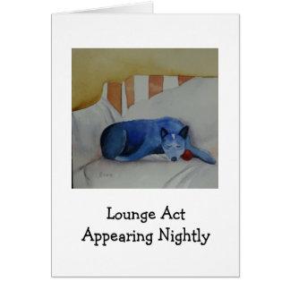 Ato da sala de estar que aparece nightly cartão de nota