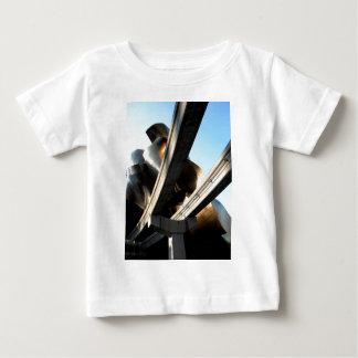 Aumentação dos trilhos tshirts