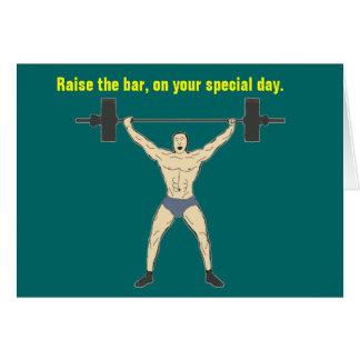 Aumente o cartão de aniversário do bar