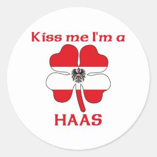Austríacos personalizados beijam-me que eu sou adesivo em formato redondo
