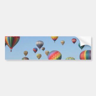 Autocolante no vidro traseiro dos balões de ar que