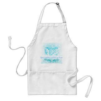 Avental azul do coração (cozinhar do ano)