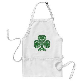 Avental do dia de St Patrick celta do trevo