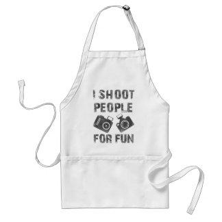 Avental Eu disparo em pessoas para o divertimento