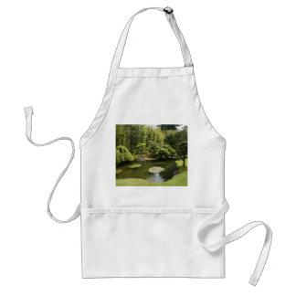 Avental japonês do adulto da lagoa do jardim de