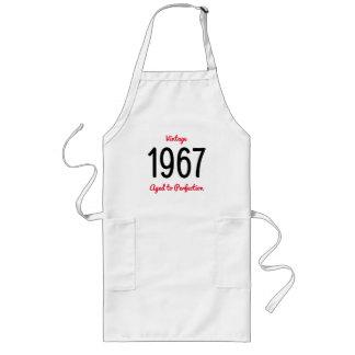 Avental Longo Vintage 1967 envelhecido à festa de aniversário da