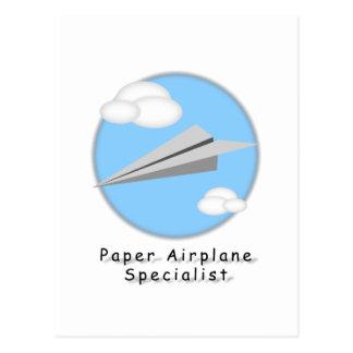Avião de papel - cartão postal