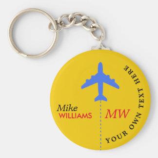 avião no chaveiro amarelo com nome
