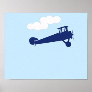 Avião no fundo azul pastel liso poster