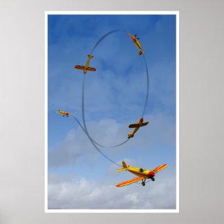 Avião que faz um poster Aerobatic do laço Pôster