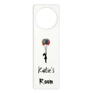 Aviso De Porta Gancho de porta personalizado, menina com Ballons