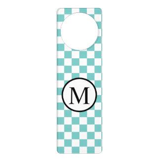 Aviso De Porta Monograma simples com tabuleiro de damas do Aqua