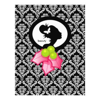 Azevinho da silhueta da mulher da borboleta do sal flyer 21.59 x 27.94cm