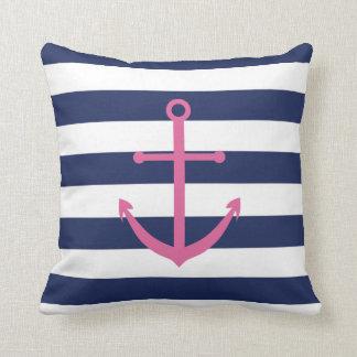 Azuis marinhos e travesseiro cor-de-rosa da âncora almofada