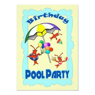 Azul bonito da criança da festa na piscina da