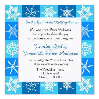 Azul com os flocos de neve brancos que Wedding o Convite Quadrado 13.35 X 13.35cm