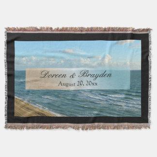 Azul do Seascape e casamento de praia do oceano de Coberta