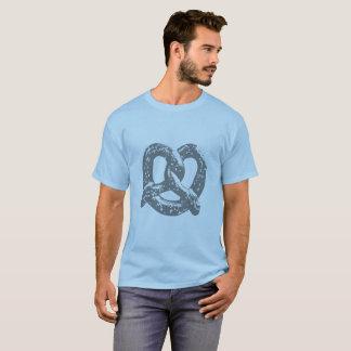 azul gráfico da camisa do pretzel