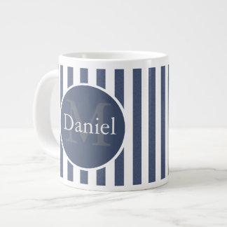 Azul masculino Monogrammed personalizado listrado Caneca De Café Grande