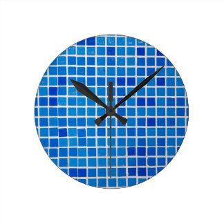 Azulejo azul do banheiro relógios de paredes