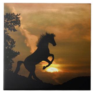 Azulejo de elevação bonito da arte do cavalo