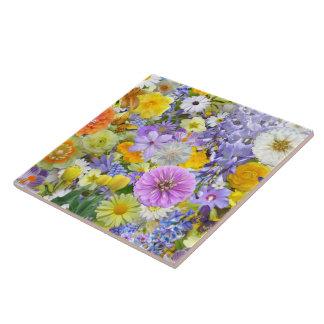 Azulejo - flores e borboletas