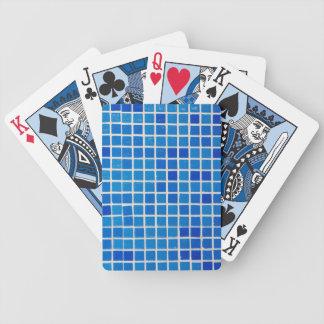 azulejos azuis do banheiro baralho de truco