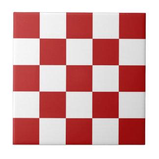Azulejos vermelhos & brancos retros dos verificado
