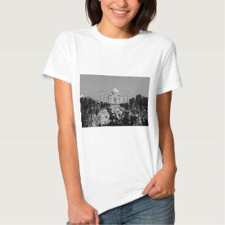 B&W Taj Mahal 2 T-shirt