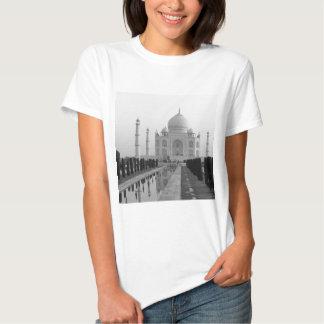 B&W Taj Mahal 4 T-shirts