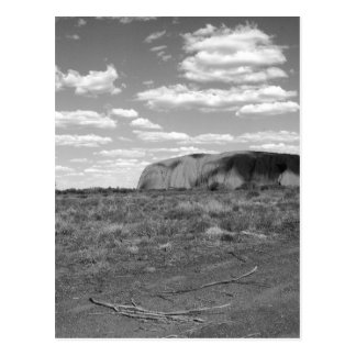B&W Uluru 2 Cartão Postal