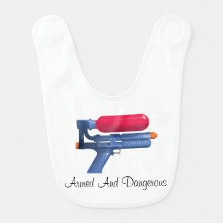 Babador De Bebe Arma de água armada e perigosa