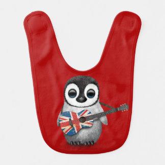 Babador De Bebe Pinguim do bebê que joga o vermelho britânico da