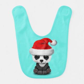 Babador De Bebe Urso de panda do bebê que veste um chapéu do papai
