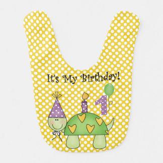 Babador do aniversário da tartaruga das bolinhas p