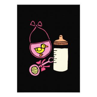babador do chocalho da garrafa - rosa convites personalizados