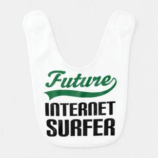 Babador futuro do bebê do surfista de Internet
