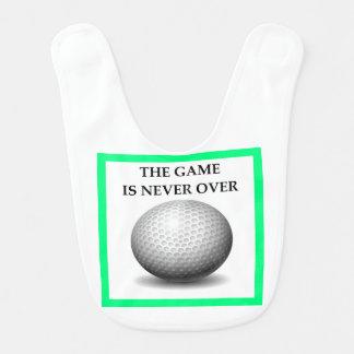 Babador golfing