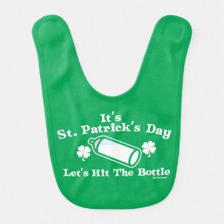 Babador O dia | de St Patrick deixou-nos bater a garrafa