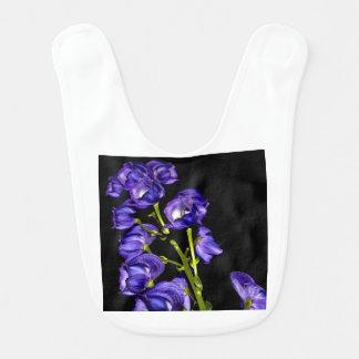 Babador Obscurece lilás flor